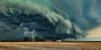 буря фото украина