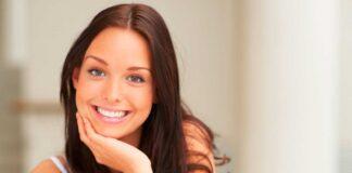 Какая улыбка более привлекательна?