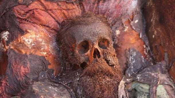 Усы и волосы Сальвадора Дали оставались целыми под землей