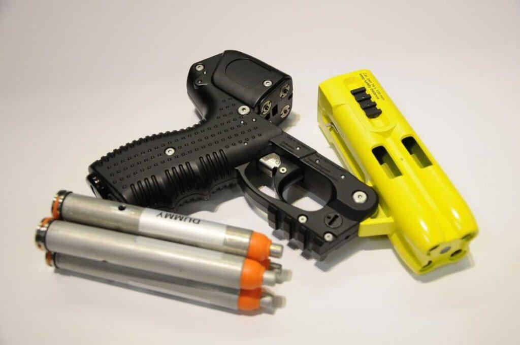 Как защищаться газовым пистолетом?