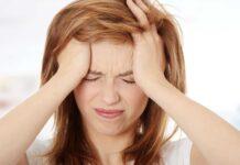Болит голова утром